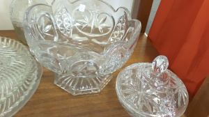 Vintage Rustic Glassware Community Services Thrift Store