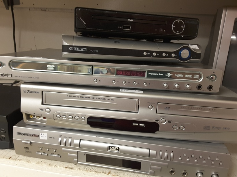 Electronics at Gibsons Thrift Store Community Services