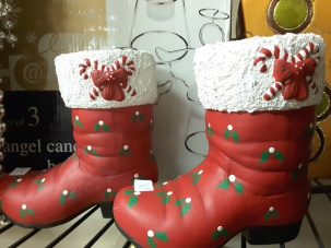 Find Holiday Decor for Less at Community Services Thrift Store